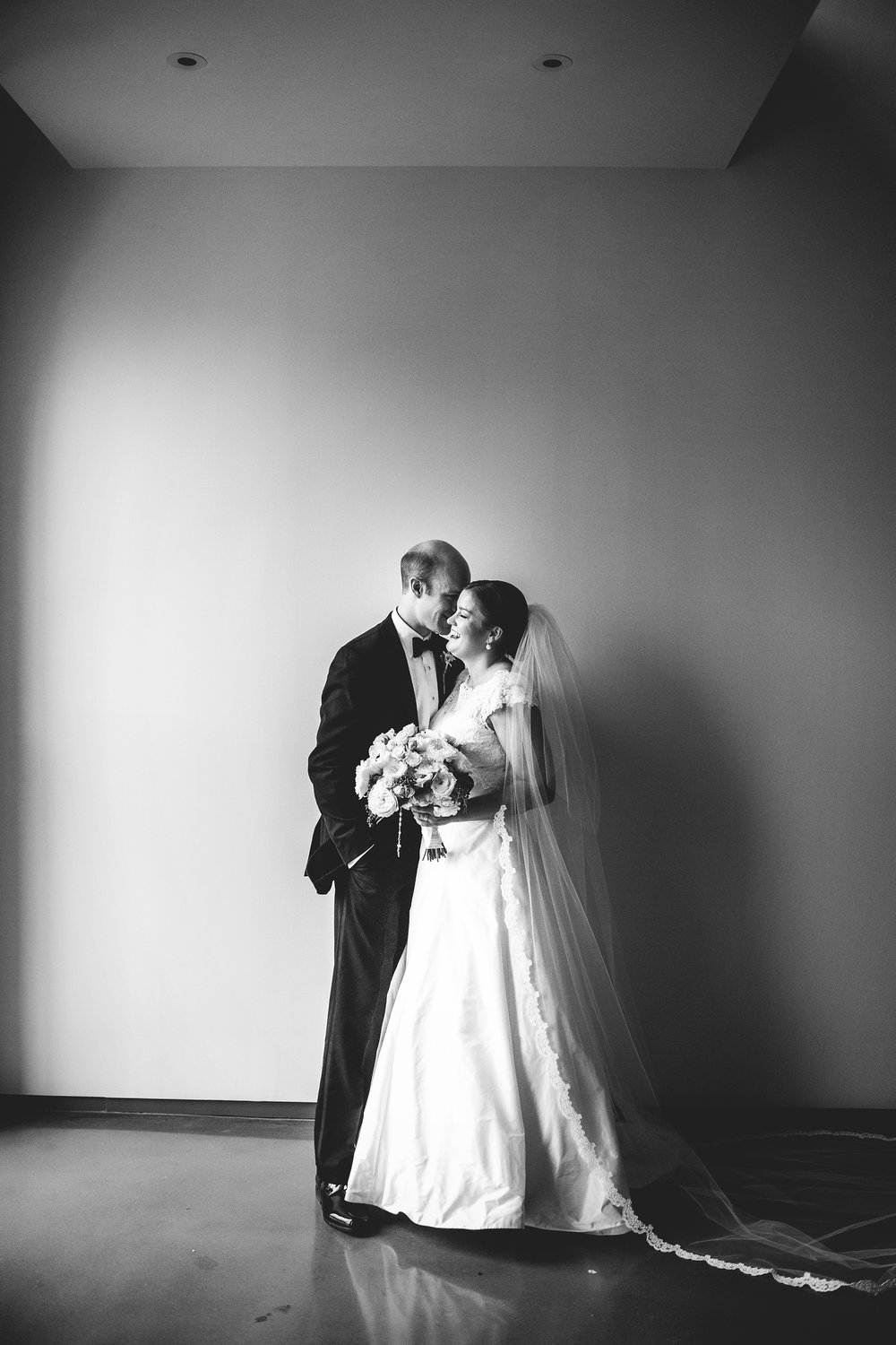 Seriously_Sabrina_Photography_Lexington_Kentucky_Commonwalth_Stadium_Wedding_Ramsey086.jpg