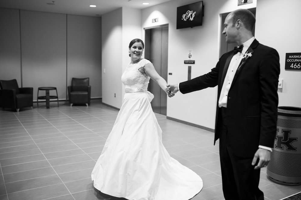 Seriously_Sabrina_Photography_Lexington_Kentucky_Commonwalth_Stadium_Wedding_Ramsey111.jpg