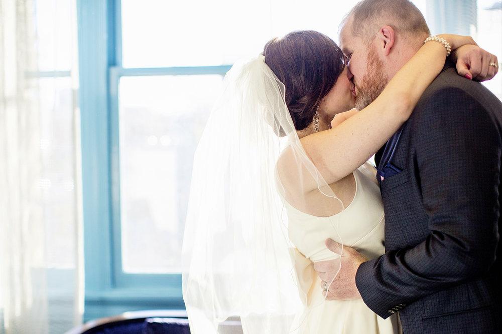 Seriously_Sabrina_Photography_Lexington_Kentucky_21C_Museum_Hotel_Intimate_Wedding65.jpg