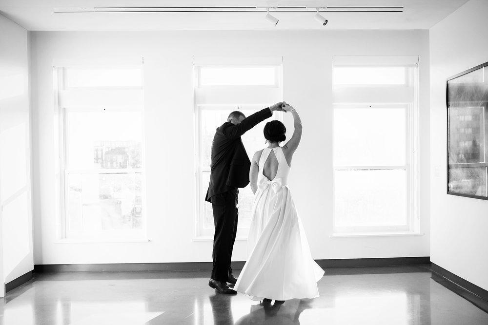 Seriously_Sabrina_Photography_Lexington_Kentucky_21C_Museum_Hotel_Intimate_Wedding81.jpg