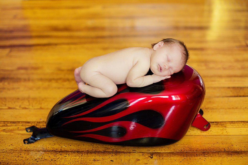 Seriously_Sabrina_Photography_Indiana_Newborn_Photographer_E_Vangosen021.jpg