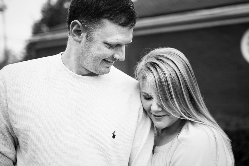 Seriously_Sabrina_Photography_Shelbyville_Kentucky_Engagement_EmmaPhillip10.jpg