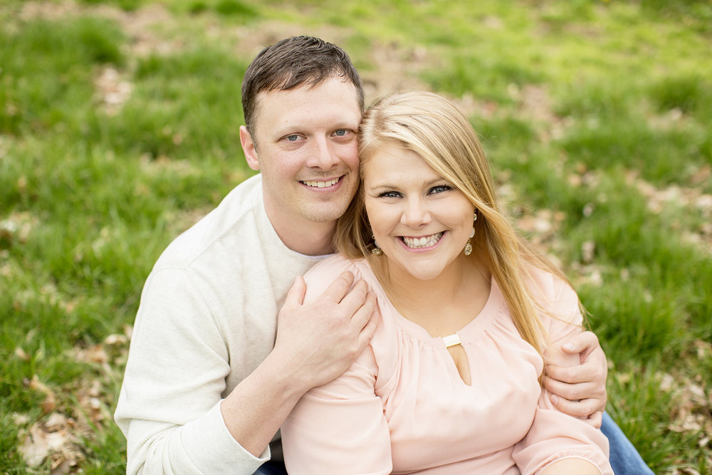 Seriously_Sabrina_Photography_Shelbyville_Kentucky_Engagement_EmmaPhillip15.jpg