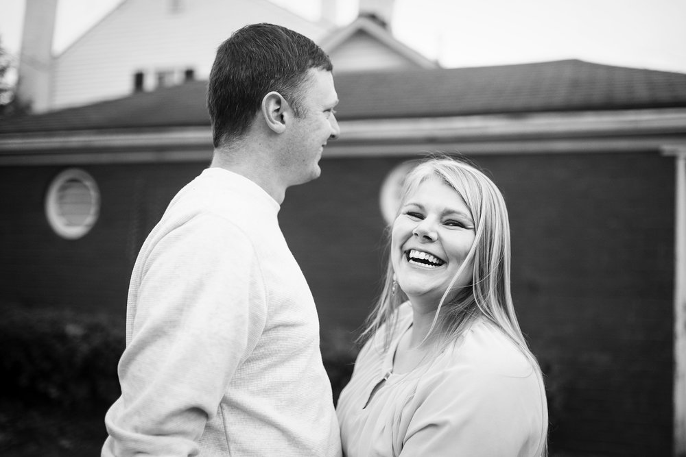 Seriously_Sabrina_Photography_Shelbyville_Kentucky_Engagement_EmmaPhillip19.jpg