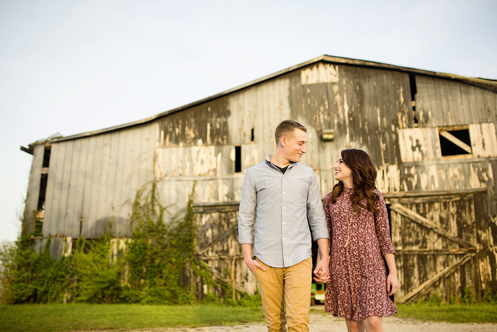 Seriously_Sabrina_Photography_Lexington_Kentucky_Keeneland_Sunset_Engagement_DomPeter23.jpg