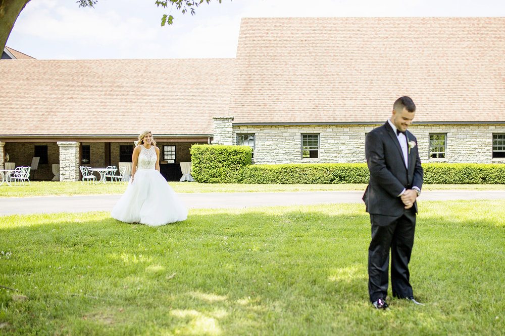 Seriously_Sabrina_Photography_Lexington_Kentucky_Keeneland_Keene_Barn_Wedding_Griffith49.jpg