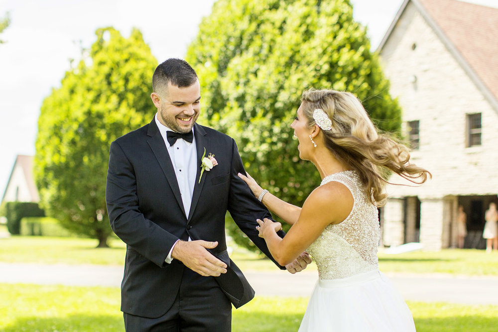 Seriously_Sabrina_Photography_Lexington_Kentucky_Keeneland_Keene_Barn_Wedding_Griffith51.jpg