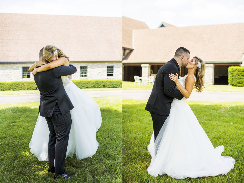 Seriously_Sabrina_Photography_Lexington_Kentucky_Keeneland_Keene_Barn_Wedding_Griffith52.jpg