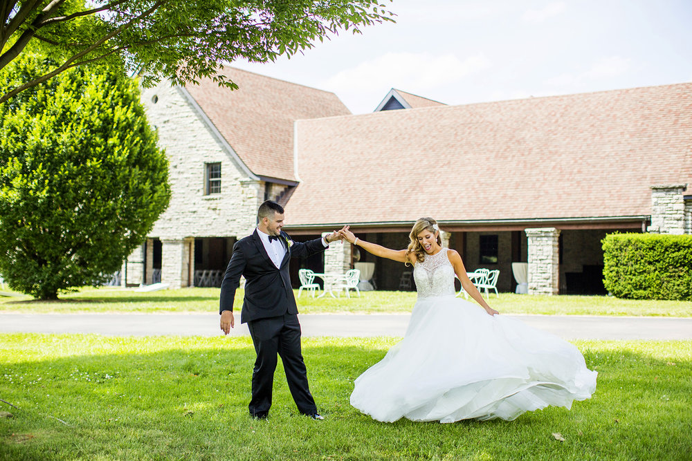 Seriously_Sabrina_Photography_Lexington_Kentucky_Keeneland_Keene_Barn_Wedding_Griffith59.jpg
