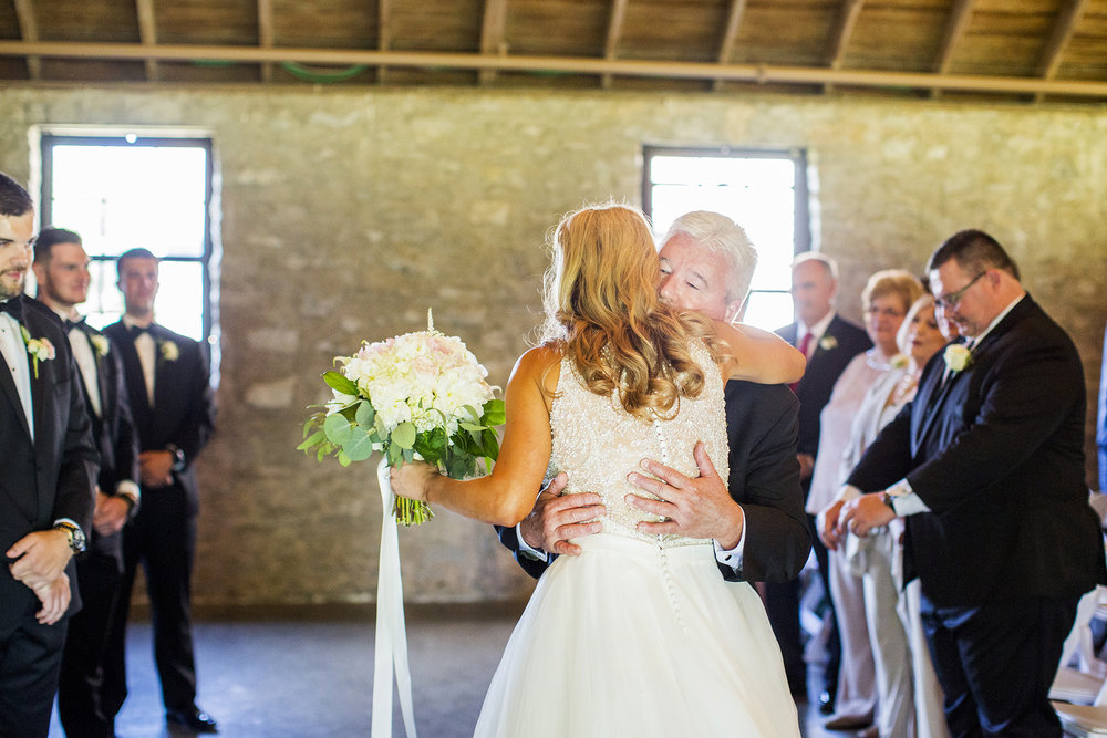 Seriously_Sabrina_Photography_Lexington_Kentucky_Keeneland_Keene_Barn_Wedding_Griffith85.jpg