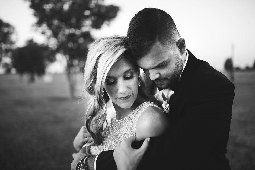 Seriously_Sabrina_Photography_Lexington_Kentucky_Keeneland_Keene_Barn_Wedding_Griffith159.jpg