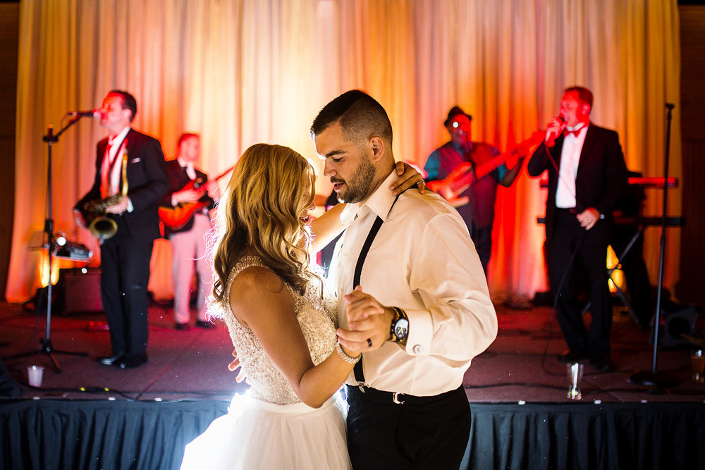 Seriously_Sabrina_Photography_Lexington_Kentucky_Keeneland_Keene_Barn_Wedding_Griffith171.5.jpg
