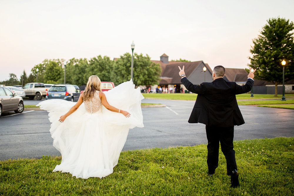 Seriously_Sabrina_Photography_Lexington_Kentucky_Keeneland_Keene_Barn_Wedding_Griffith169.jpg