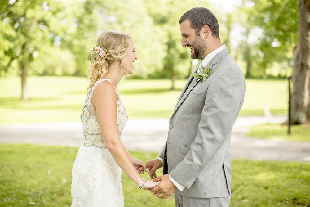 Seriously_Sabrina_Photography_Lexington_Kentucky_Ashley_Inn_Summer_Wedding_Fischer68.jpg