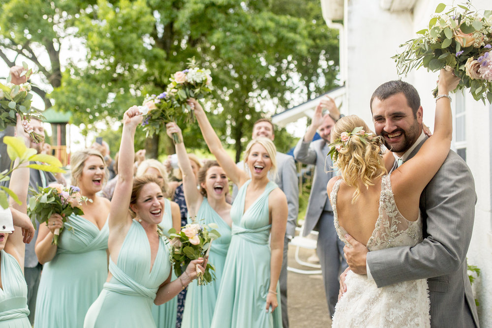 Seriously_Sabrina_Photography_Lexington_Kentucky_Ashley_Inn_Summer_Wedding_Fischer105.jpg