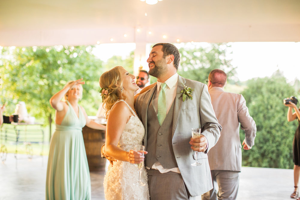 Seriously_Sabrina_Photography_Lexington_Kentucky_Ashley_Inn_Summer_Wedding_Fischer141.jpg