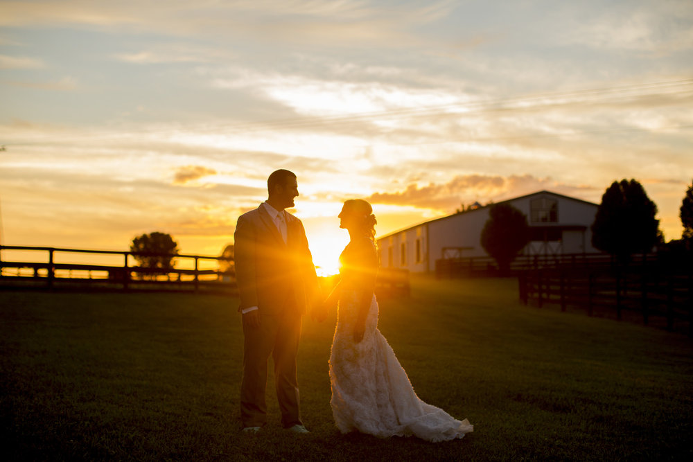 Seriously_Sabrina_Photography_Lexington_Kentucky_Ashley_Inn_Summer_Wedding_Fischer152.jpg