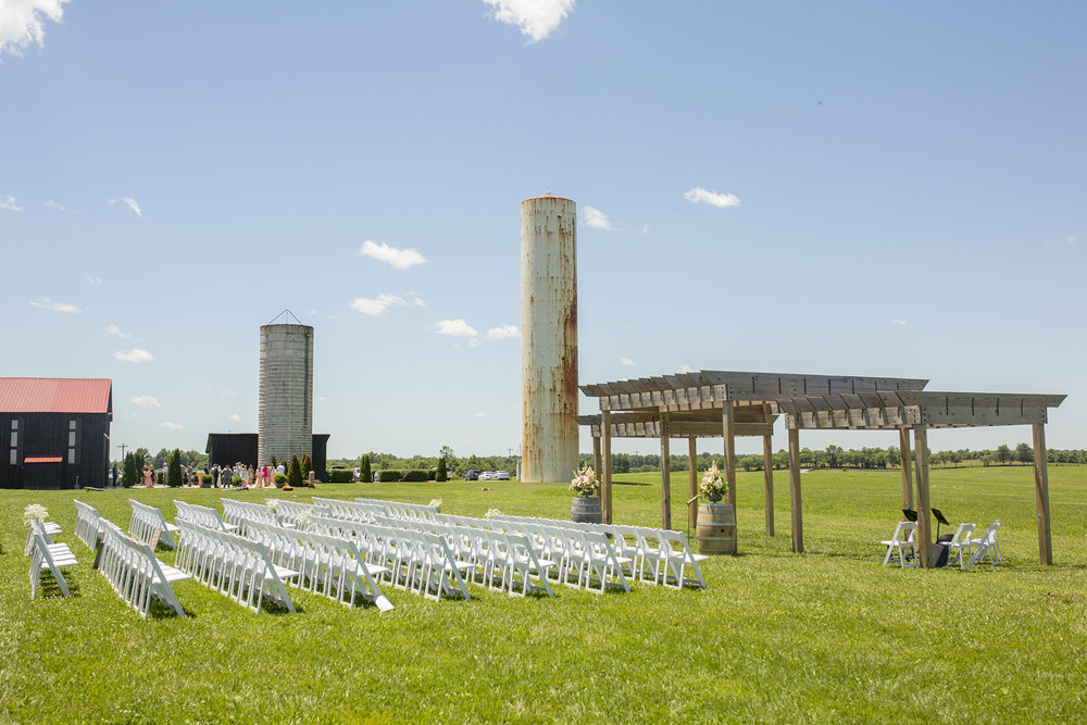 Seriously_Sabrina_Photography_Lexington_Kentucky_Talon_Winery_Wedding_Kjellsen47.jpg