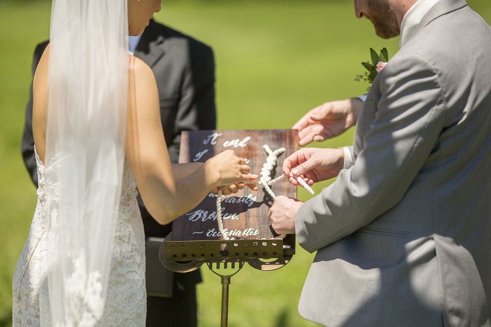 Seriously_Sabrina_Photography_Lexington_Kentucky_Talon_Winery_Wedding_Kjellsen68.jpg