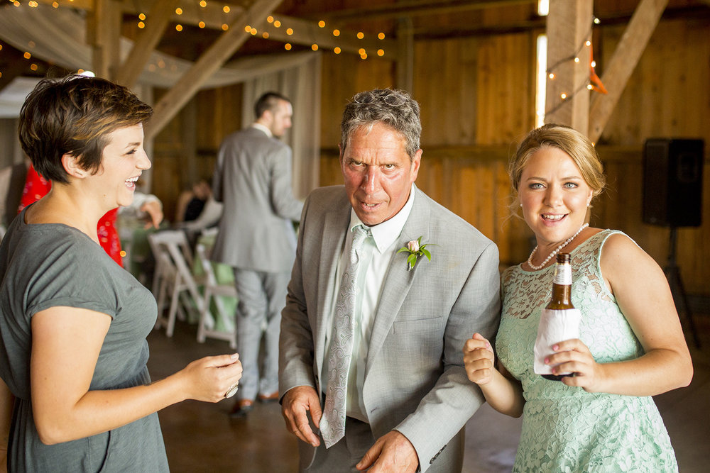 Seriously_Sabrina_Photography_Lexington_Kentucky_Talon_Winery_Wedding_Kjellsen117.jpg