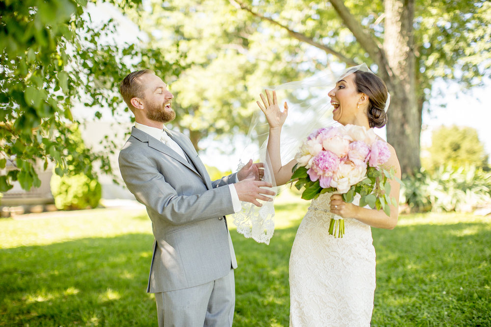 Seriously_Sabrina_Photography_Lexington_Kentucky_Talon_Winery_Wedding_Kjellsen28.jpg