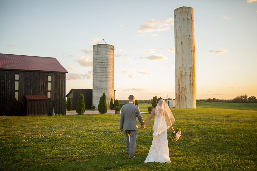 Seriously_Sabrina_Photography_Lexington_Kentucky_Talon_Winery_Wedding_Kjellsen169.jpg