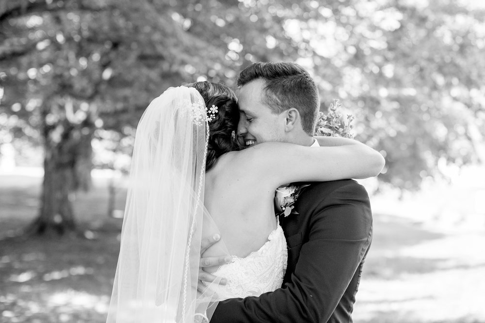 Seriously_Sabrina_Photography_Bardstown_Kentucky_June_Wedding_Lee64.jpg
