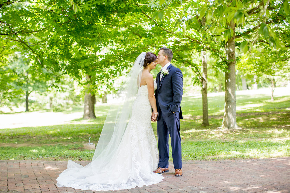 Seriously_Sabrina_Photography_Bardstown_Kentucky_June_Wedding_Lee66.jpg