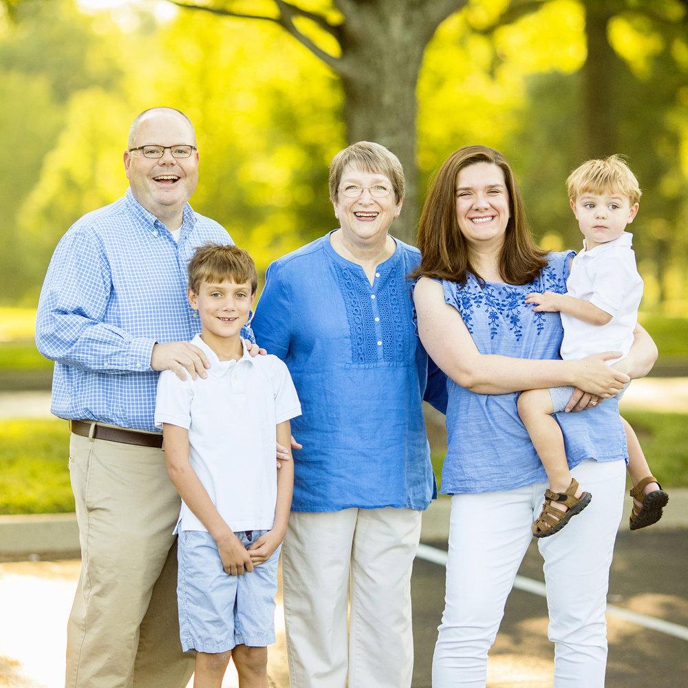 Seriously_Sabrina_Photography_Lexington_Kentucky_Family_Portrait_Session_Keeneland_Seaver14.jpg