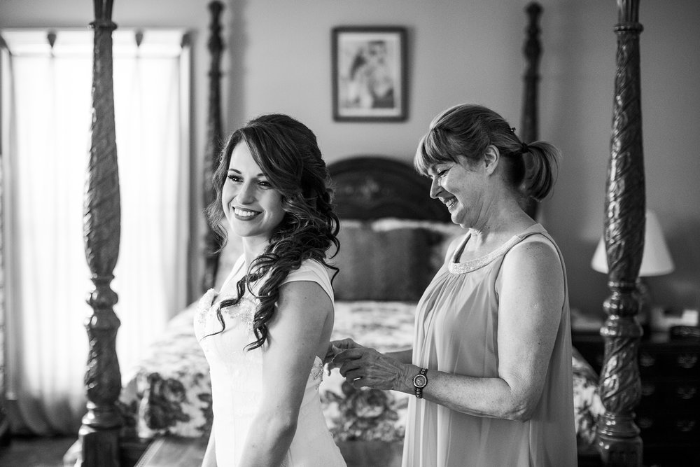 Seriously_Sabrina_Photography_Bardstown_Kentucky_Wedding_Country_Club_Bennett20.jpg