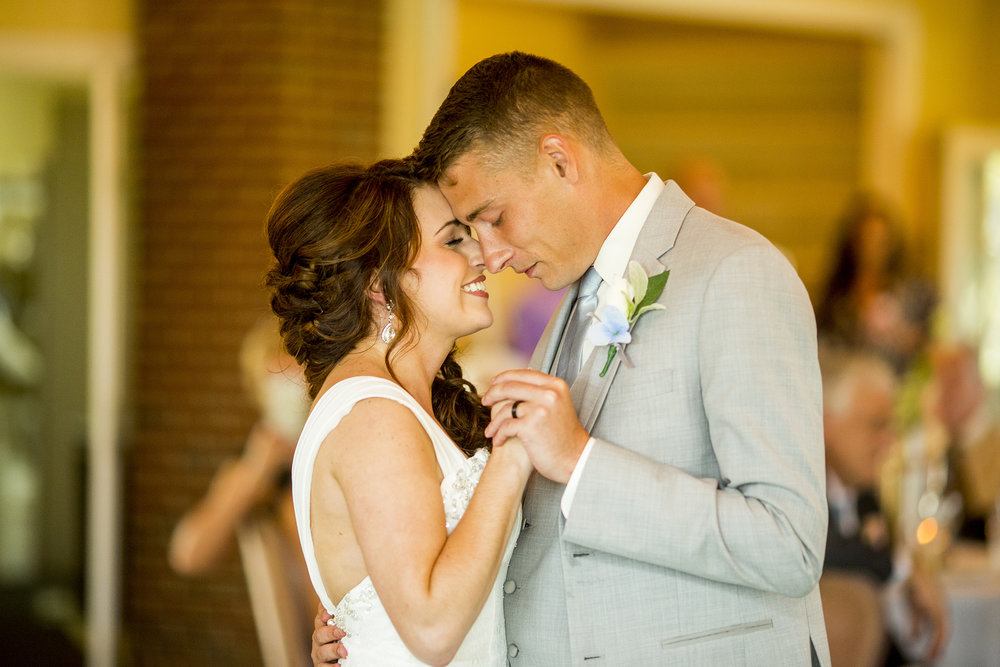 Seriously_Sabrina_Photography_Bardstown_Kentucky_Wedding_Country_Club_Bennett99.jpg