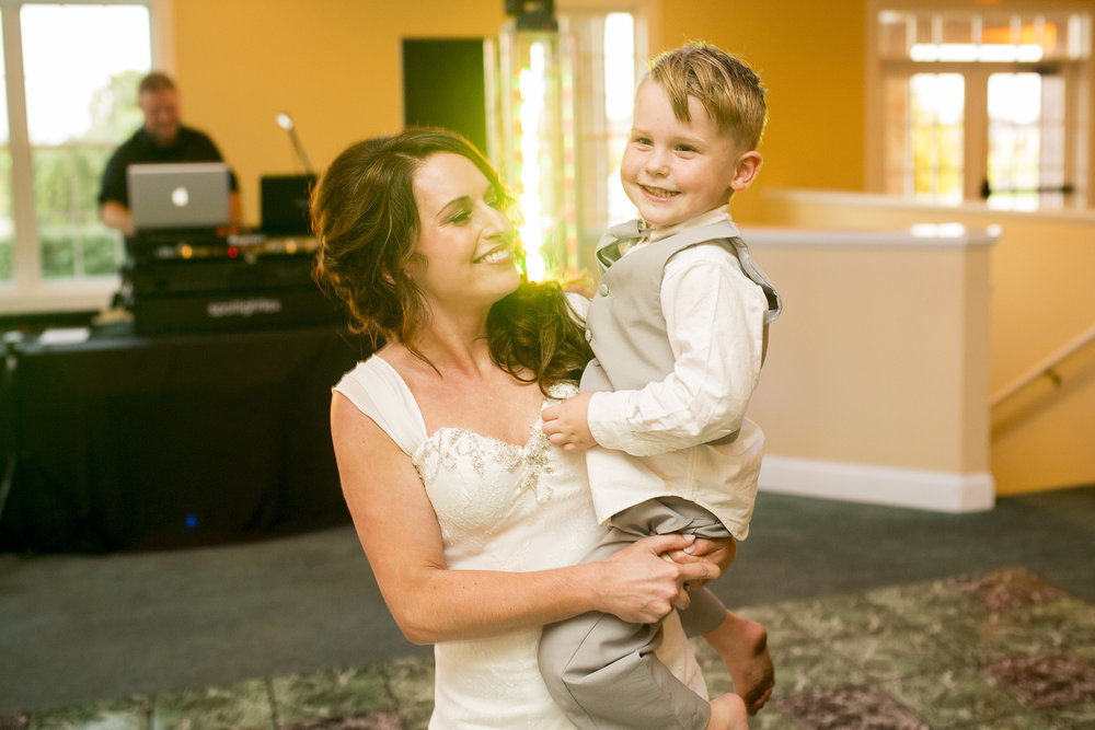 Seriously_Sabrina_Photography_Bardstown_Kentucky_Wedding_Country_Club_Bennett116.jpg