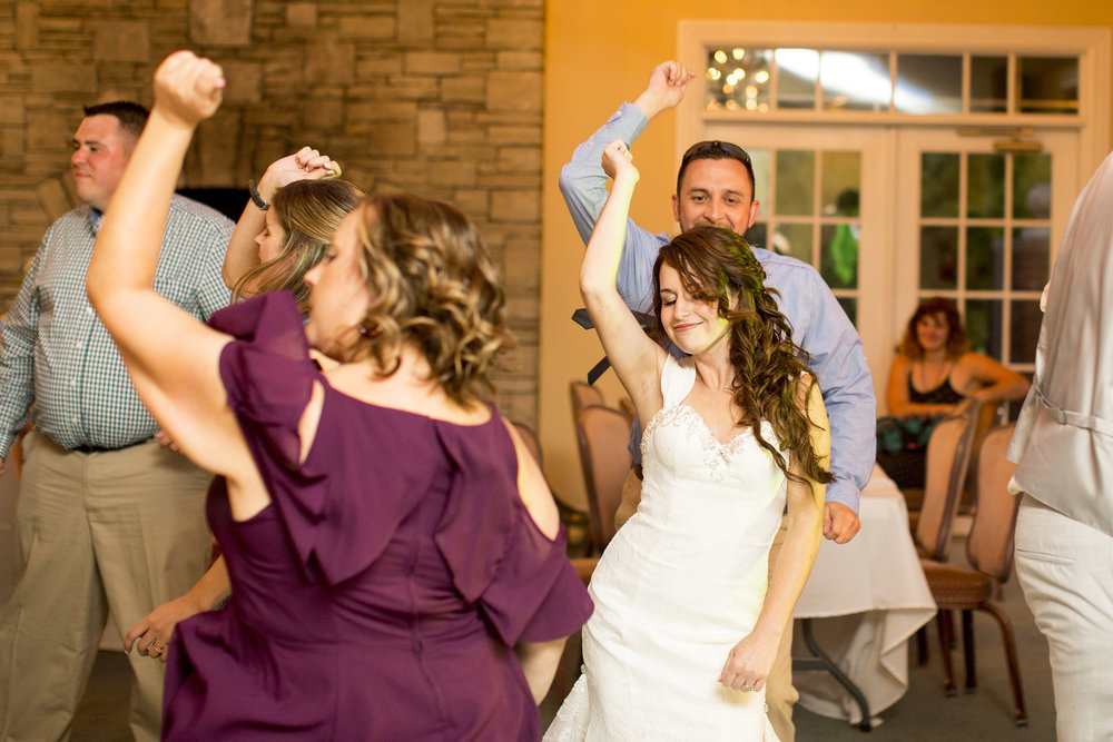 Seriously_Sabrina_Photography_Bardstown_Kentucky_Wedding_Country_Club_Bennett129.jpg