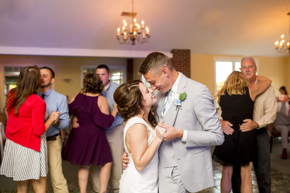 Seriously_Sabrina_Photography_Bardstown_Kentucky_Wedding_Country_Club_Bennett137.jpg