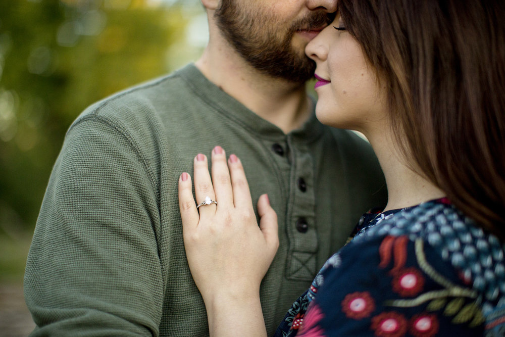 Seriously_Sabrina_Photography_Louisville_Kentucky_Engagement_Falls_of_Ohio_Seneca_Park_KarlMarlie18.jpg