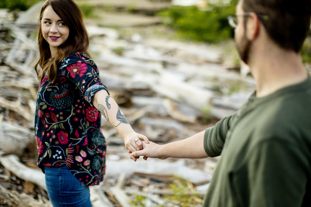 Seriously_Sabrina_Photography_Louisville_Kentucky_Engagement_Falls_of_Ohio_Seneca_Park_KarlMarlie21.jpg