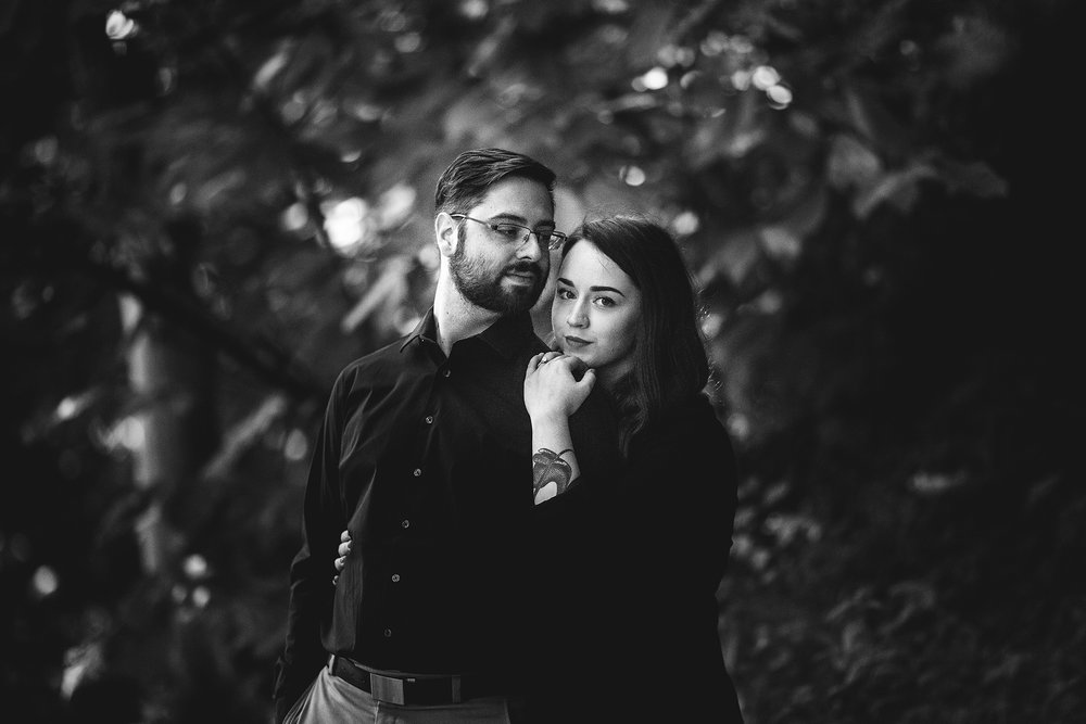 Seriously_Sabrina_Photography_Louisville_Kentucky_Engagement_Falls_of_Ohio_Seneca_Park_KarlMarlie42.jpg