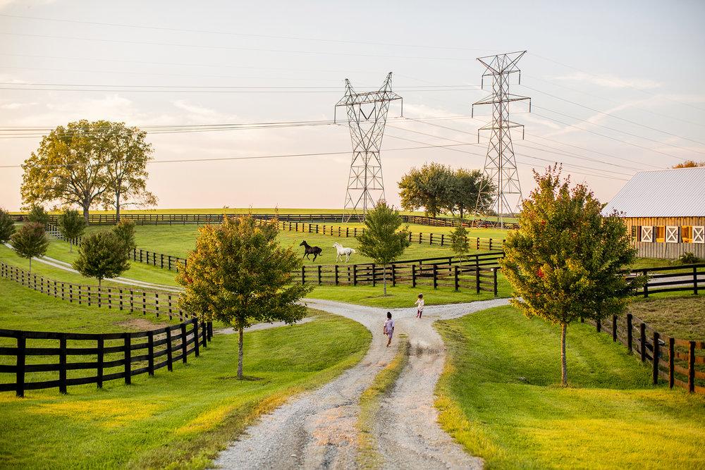 Seriously_Sabrina_Photography_Lexington_Kentucky_Family_Photographer_Seven_Acre_Farm_JimmieKristyn1.jpg