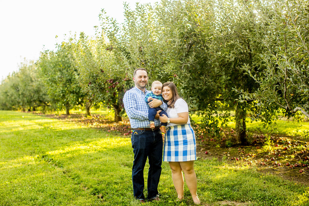 Seriously_Sabrina_Photography_Lexington_Kentucky_Family_Photographer_Eckert_Boyd_Orchard_Pisgah_Hester5.jpg