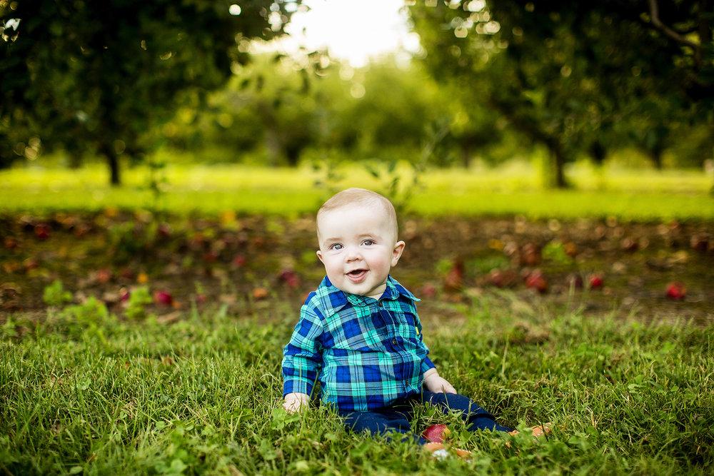 Seriously_Sabrina_Photography_Lexington_Kentucky_Family_Photographer_Eckert_Boyd_Orchard_Pisgah_Hester14.jpg