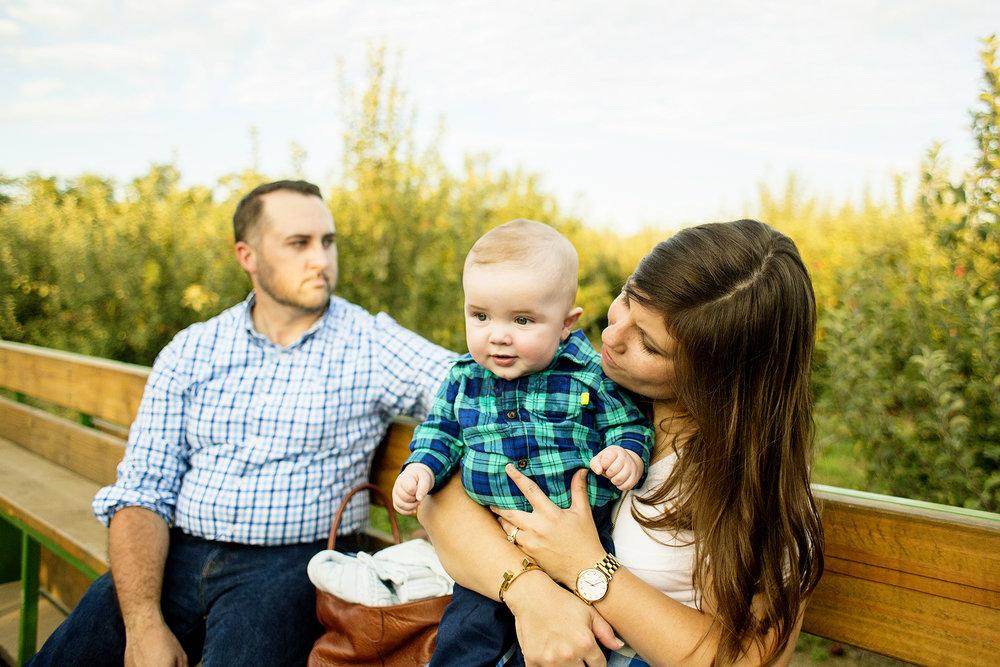 Seriously_Sabrina_Photography_Lexington_Kentucky_Family_Photographer_Eckert_Boyd_Orchard_Pisgah_Hester17.jpg