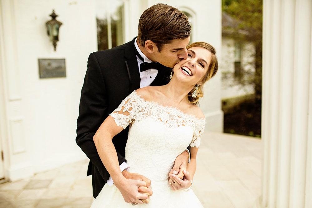 Seriously_Sabrina_Photography_Lexington_Kentucky_Wedding_Marriott_Griffin_Gate_Boersma1.jpg