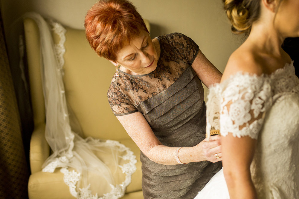 Seriously_Sabrina_Photography_Lexington_Kentucky_Wedding_Marriott_Griffin_Gate_Boersma34.jpg