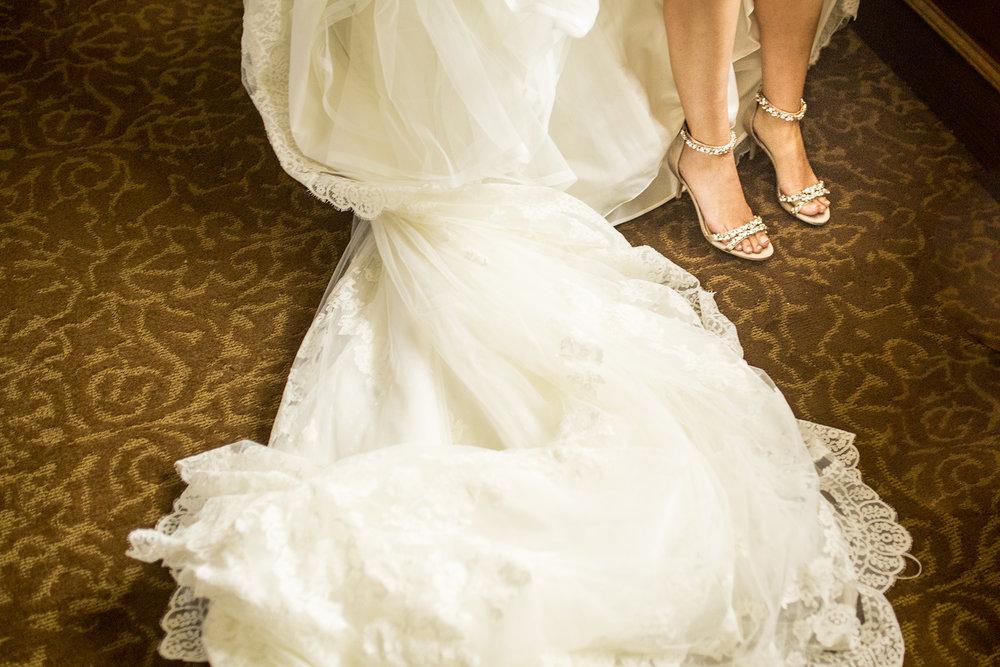 Seriously_Sabrina_Photography_Lexington_Kentucky_Wedding_Marriott_Griffin_Gate_Boersma39.jpg