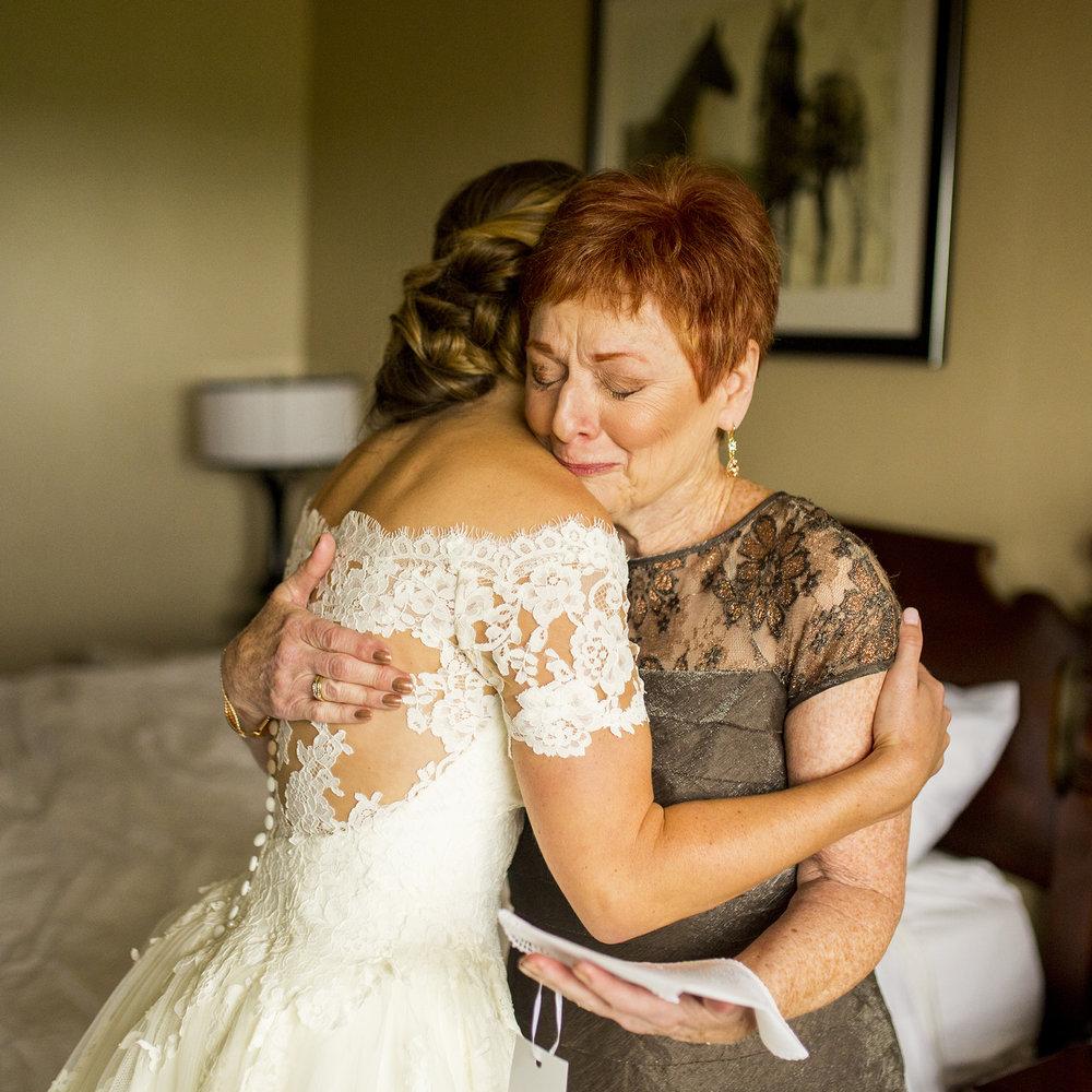 Seriously_Sabrina_Photography_Lexington_Kentucky_Wedding_Marriott_Griffin_Gate_Boersma41.jpg