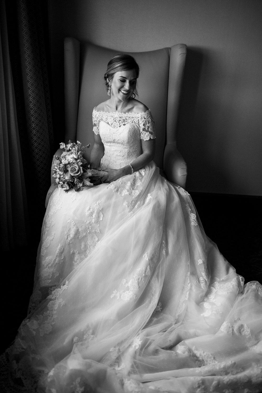 Seriously_Sabrina_Photography_Lexington_Kentucky_Wedding_Marriott_Griffin_Gate_Boersma48.jpg