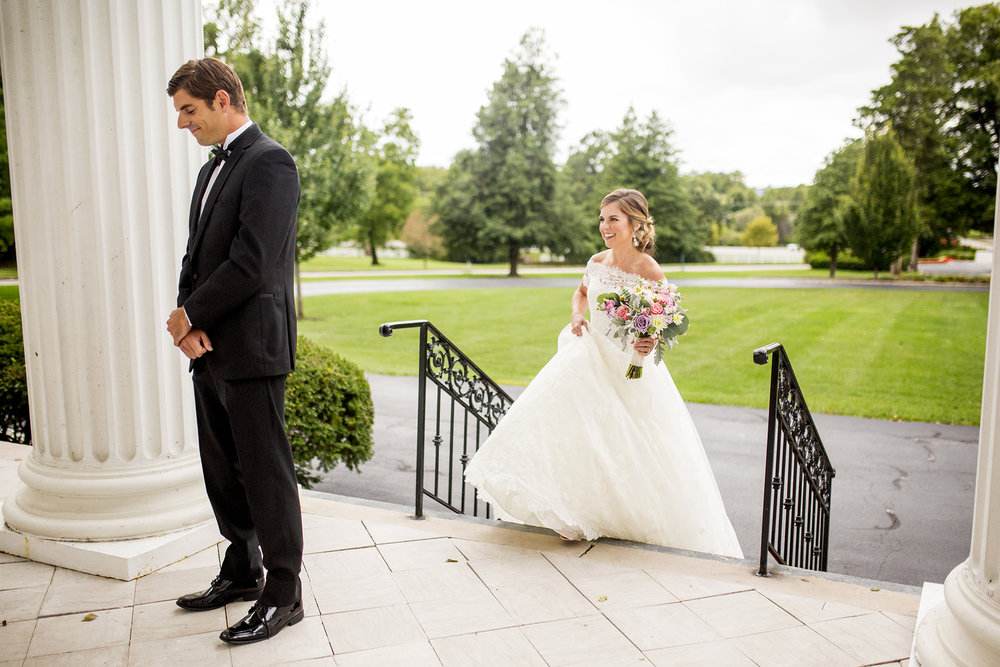 Seriously_Sabrina_Photography_Lexington_Kentucky_Wedding_Marriott_Griffin_Gate_Boersma52.jpg