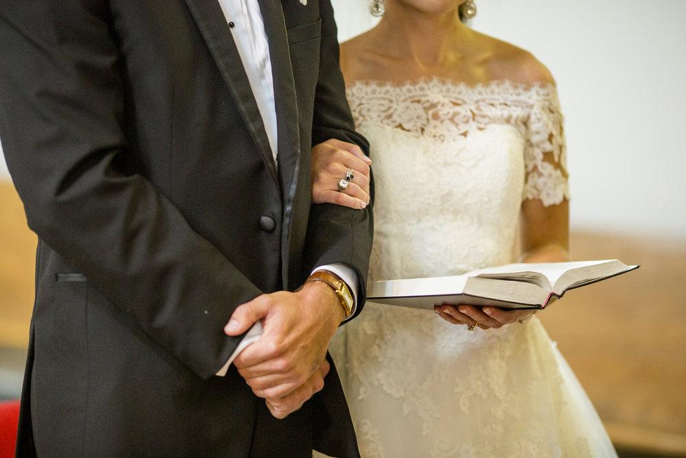 Seriously_Sabrina_Photography_Lexington_Kentucky_Wedding_Marriott_Griffin_Gate_Boersma78.jpg