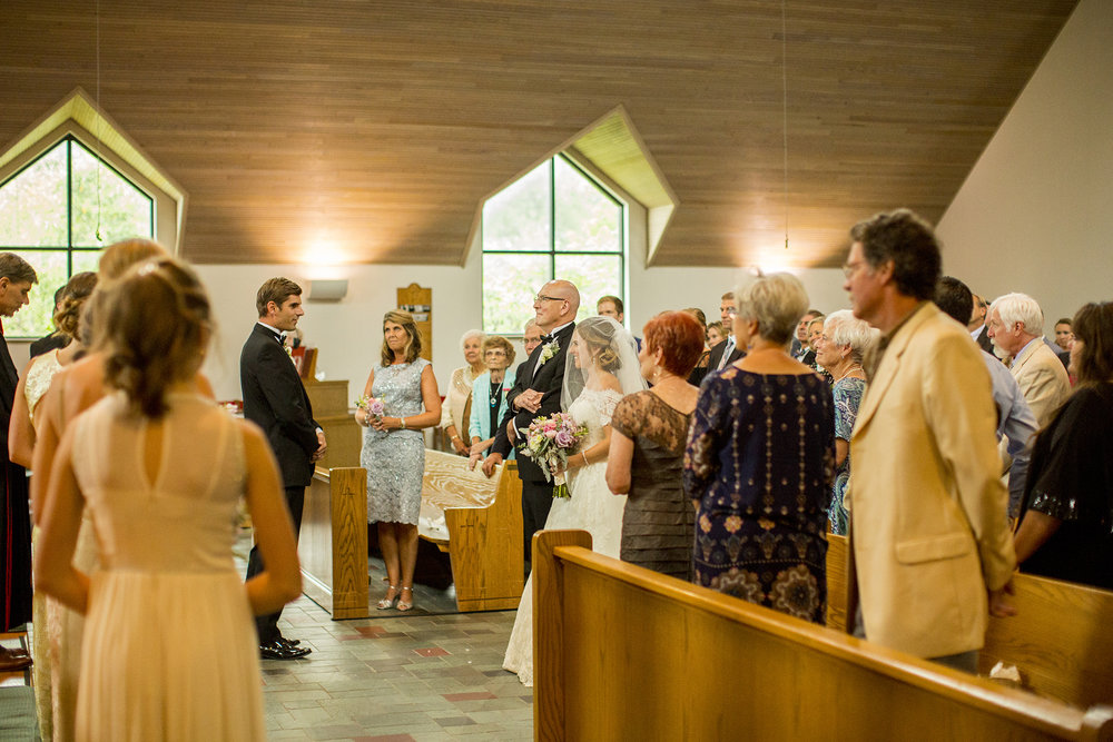 Seriously_Sabrina_Photography_Lexington_Kentucky_Wedding_Marriott_Griffin_Gate_Boersma90.jpg