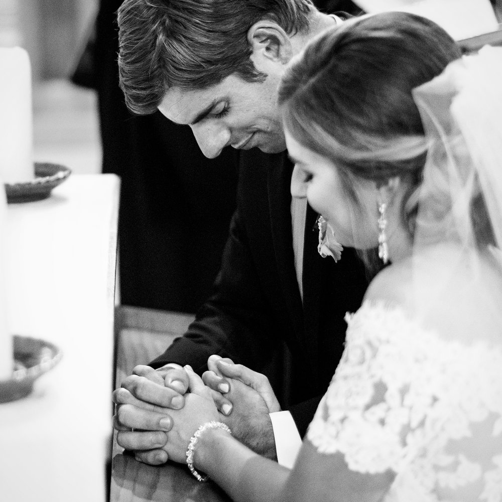 Seriously_Sabrina_Photography_Lexington_Kentucky_Wedding_Marriott_Griffin_Gate_Boersma98.jpg
